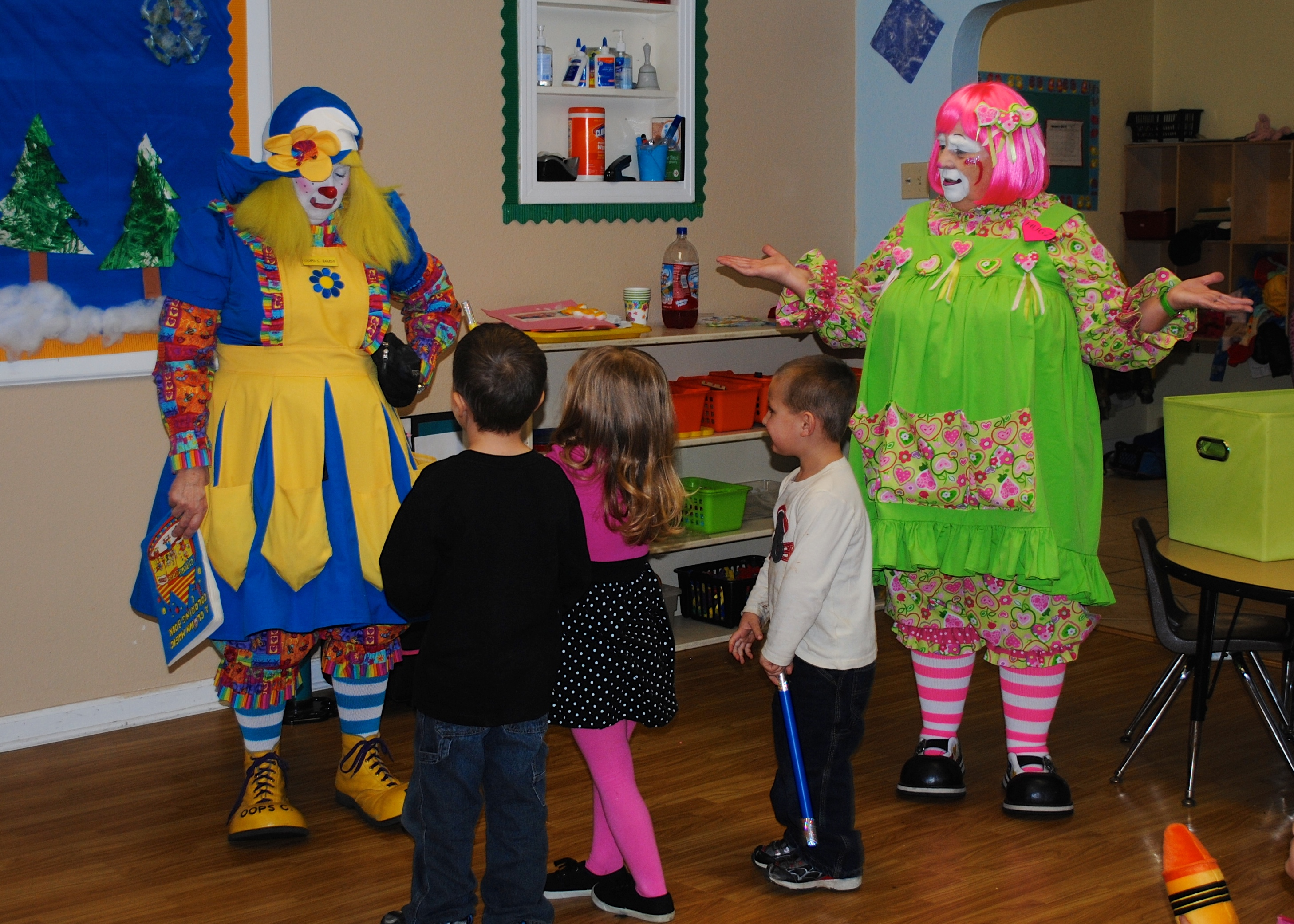 pre school clown show